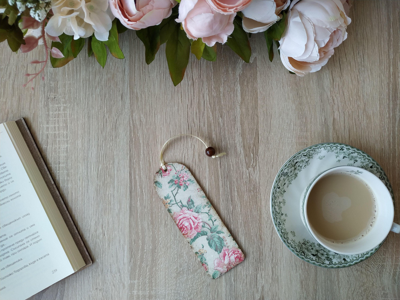 Vintage bookmark, Flowers page marker, Decoupage Bookmarks, Wooden page marker, Book lovers present