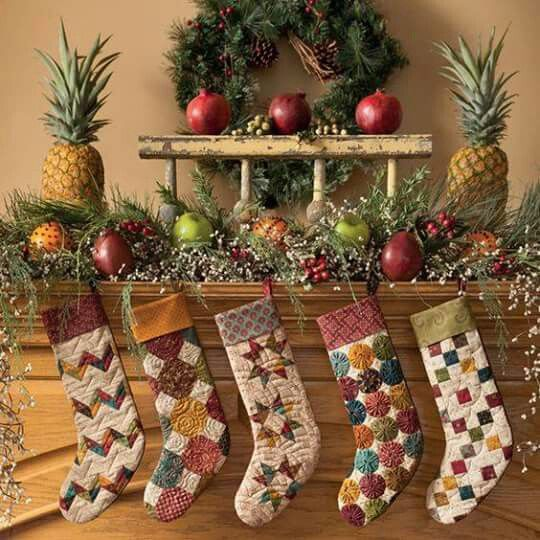 Scrap-Basket-Stockings Simple Christmas Tidings - Martingale's Scrappy  Quilts and Projects for Yuletide Style By Kim Diehl
