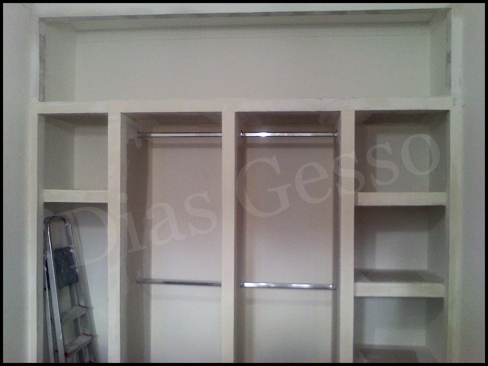 Armario Pequeno Quarto ~ Dias Gesso Armário em drywall Small apartment Pinterest Gesso, Armário e Guarda roupa de