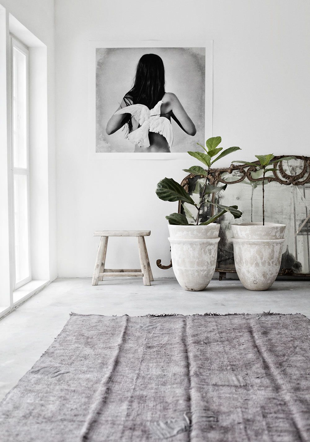 Marie olsson nylander home house inspiration white interior bedroom bathroom dining room natural white timber concrete light outdoor grey carpet plants