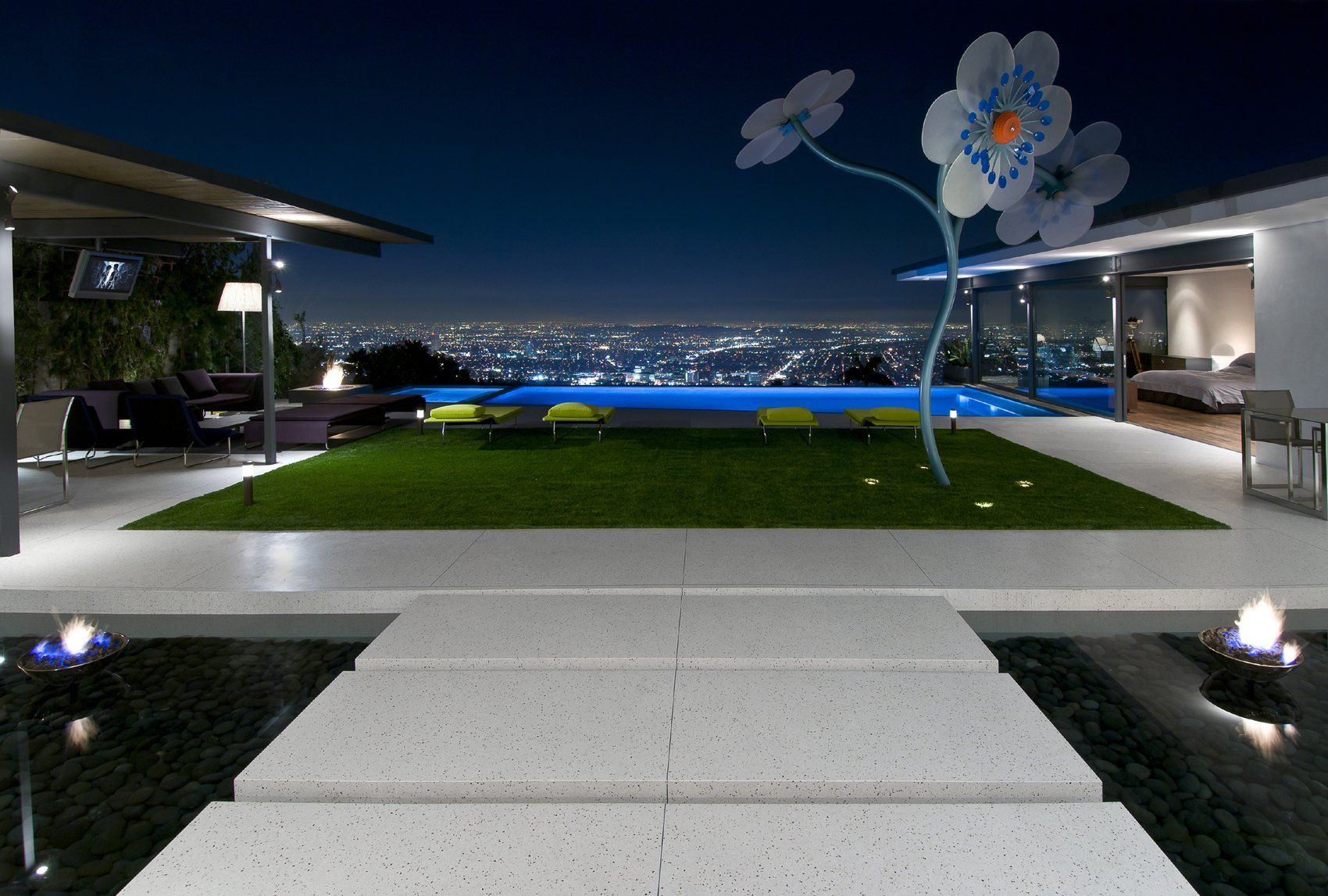 Breathtaking Modern House Showcasing Perfection: Hopen Place, Hollywood Hills