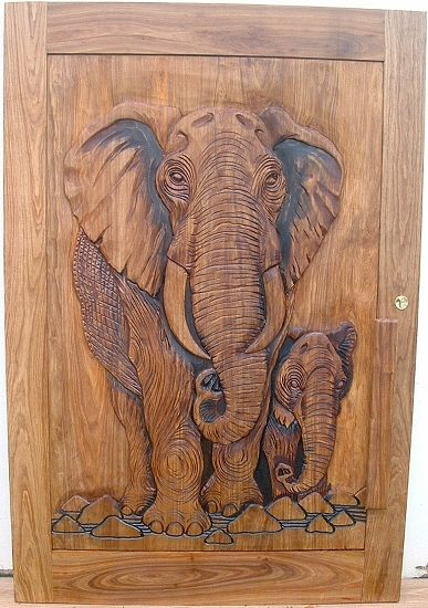 Africa carved elephant with calf door africarve