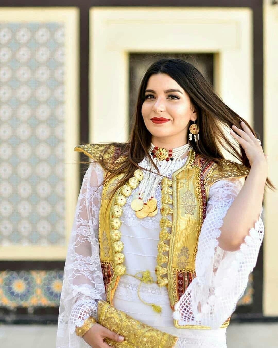 f26231017 الكسوة التونسية التقليدية 😍 | traditional in 2019 | Robe ...