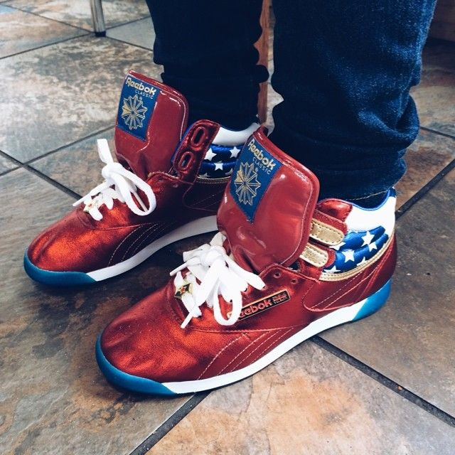 4e463cfc078 Reebok Freestyle    Rockin  my  reebokclassics  WonderWoman  Freestyles! GO   TEAMUSA! Resisting temptation to post only  WorldCup related photos but it  too ...