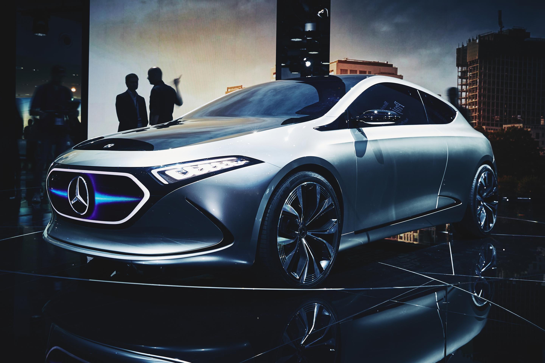 2017 Mercedes-Benz EQA Concept #2017MY #Mercedes_Benz #German_brands ...