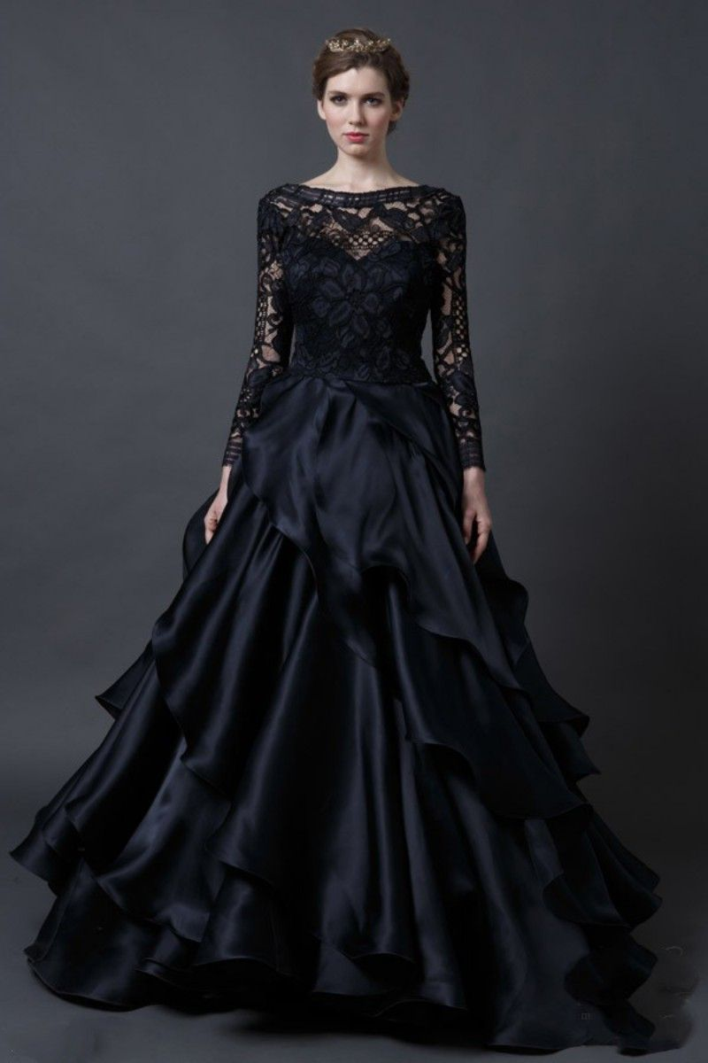 The Stylish And Also Gorgeous Gothic Wedding Dresses At Canada Simple Elegant Wedding Dress Black Wedding Gowns Gothic Wedding Dress Black Lace Wedding Dress