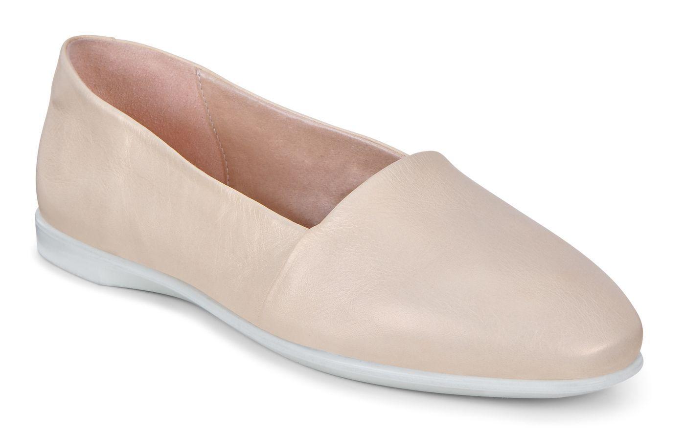 ecco women's leisure slip on loafer flat