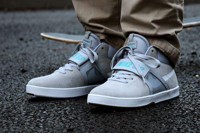 Nike lance un modèle semblable au chaussures de