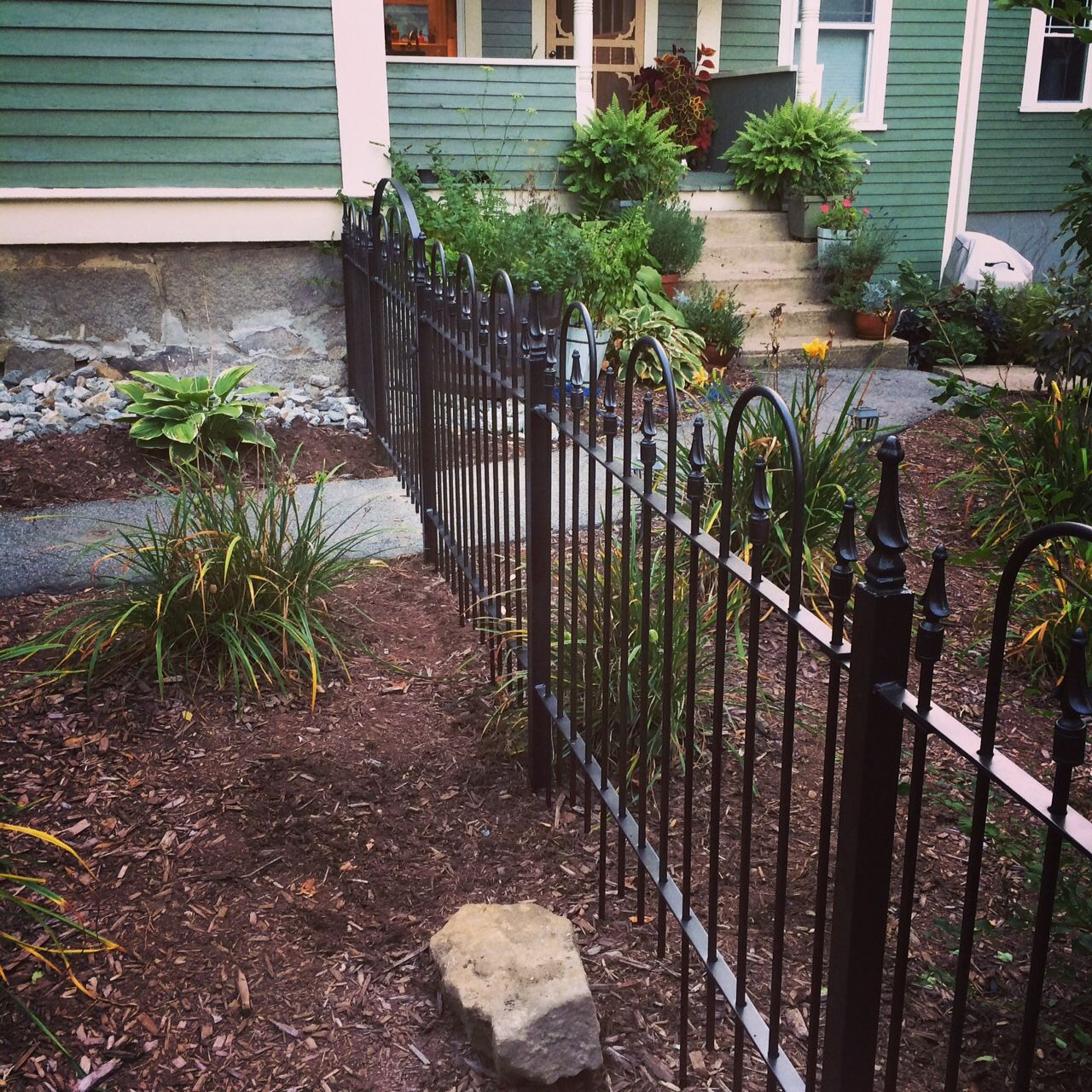 Wrought Iron Fence To Enclose Yards 3 Foot Tall Wrought Iron
