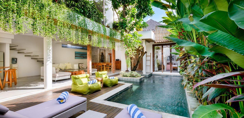 Gorgeous tropical villas in bali bali style home villa for Tropical hotel decor