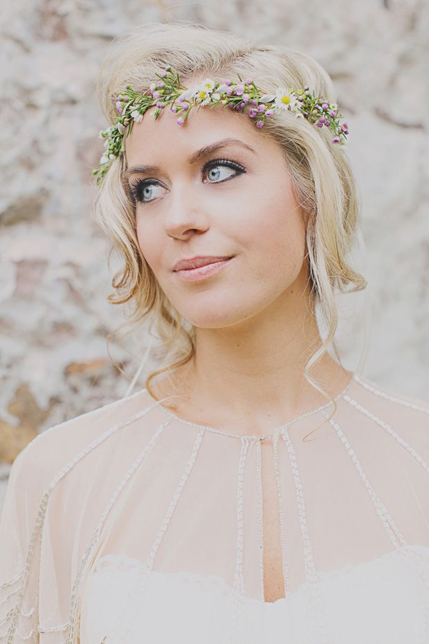 Gorgeous bride Taylor with floral headpiece - Read more on One Fab Day: http://onefabday.com/jacquelyne-mae-photography-taylor-lucas/