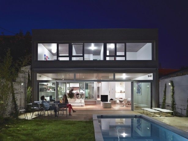 Architecture, Astonishing Home Design With Green Backyard Ideas With Swimming Pools And Sliding Glass Door With Glass Wall Ideas And Relaxation Chairs And Coffee Table For Backyard Ideas With Native Plant Decor Ideas: Minimalist Rectangular Home Design for Better Space in the Future