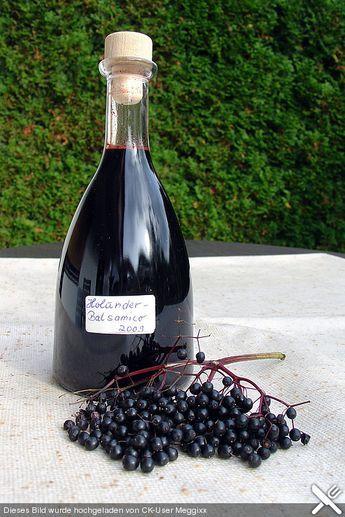 Holunder - Balsamico - Essig von rosemarywitch | Chefkoch #kleinekräutergärten