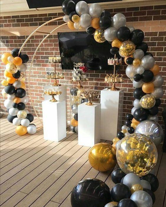 Diy Floral Birthday Balloon Arch Decoracao De Festa Emoji