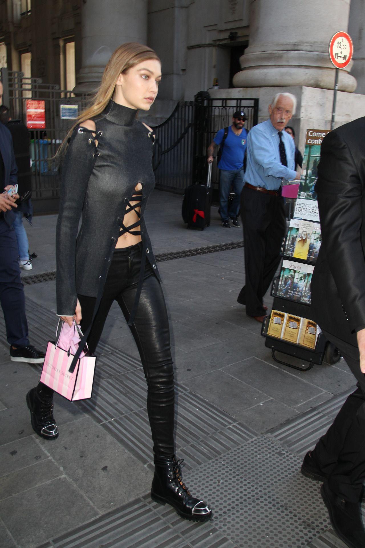 Gigihadidaily | Gigi hadid outfits, Celebrity bags, Fashion