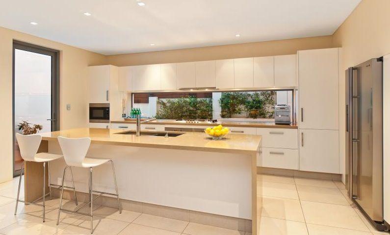 Best Freshwater Contemporary Open Plan Kitchen With Splashback 400 x 300