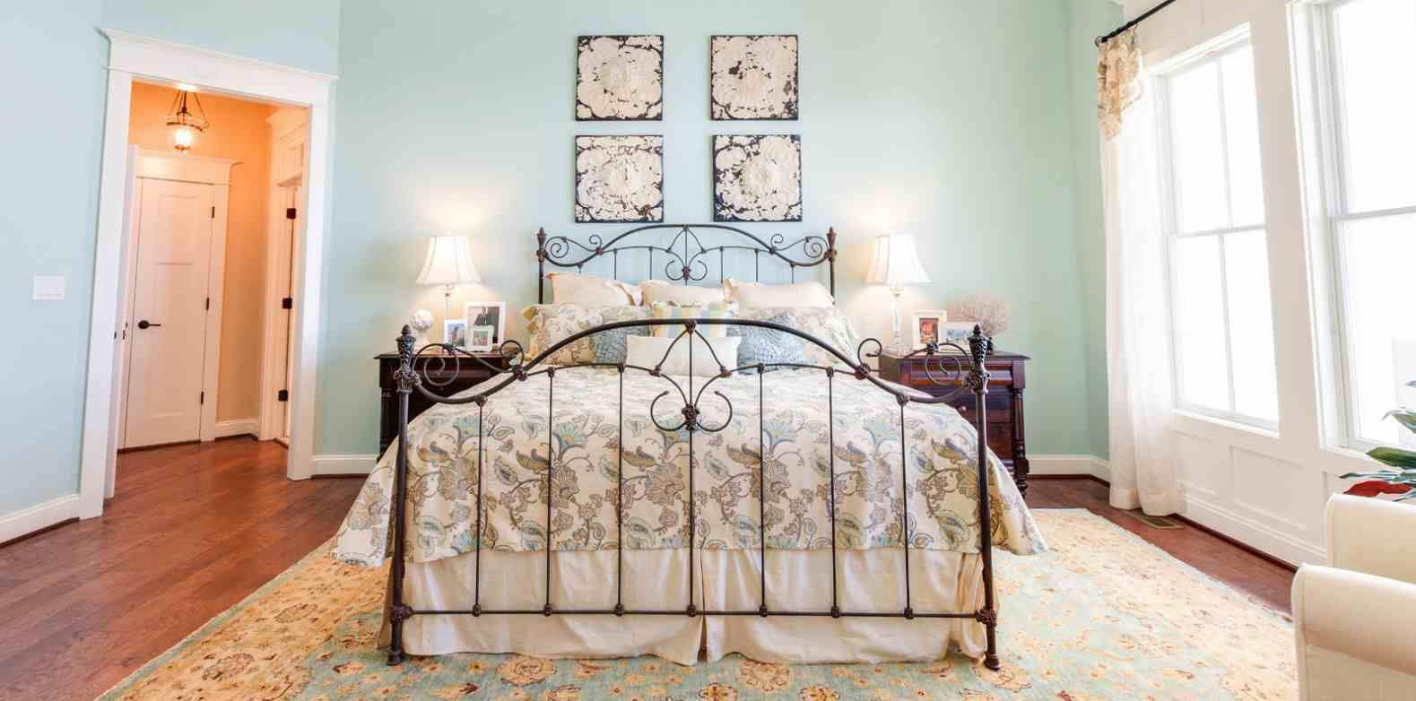 8 reasons to make your bed in the morning bedroom images bedrooms and room ideas - Seven reasons to make the bed every morning ...