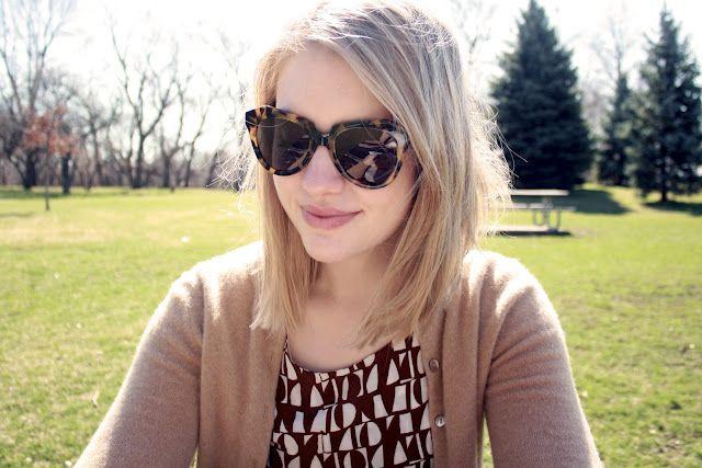 Cute haircut! I love the neutral sweater.