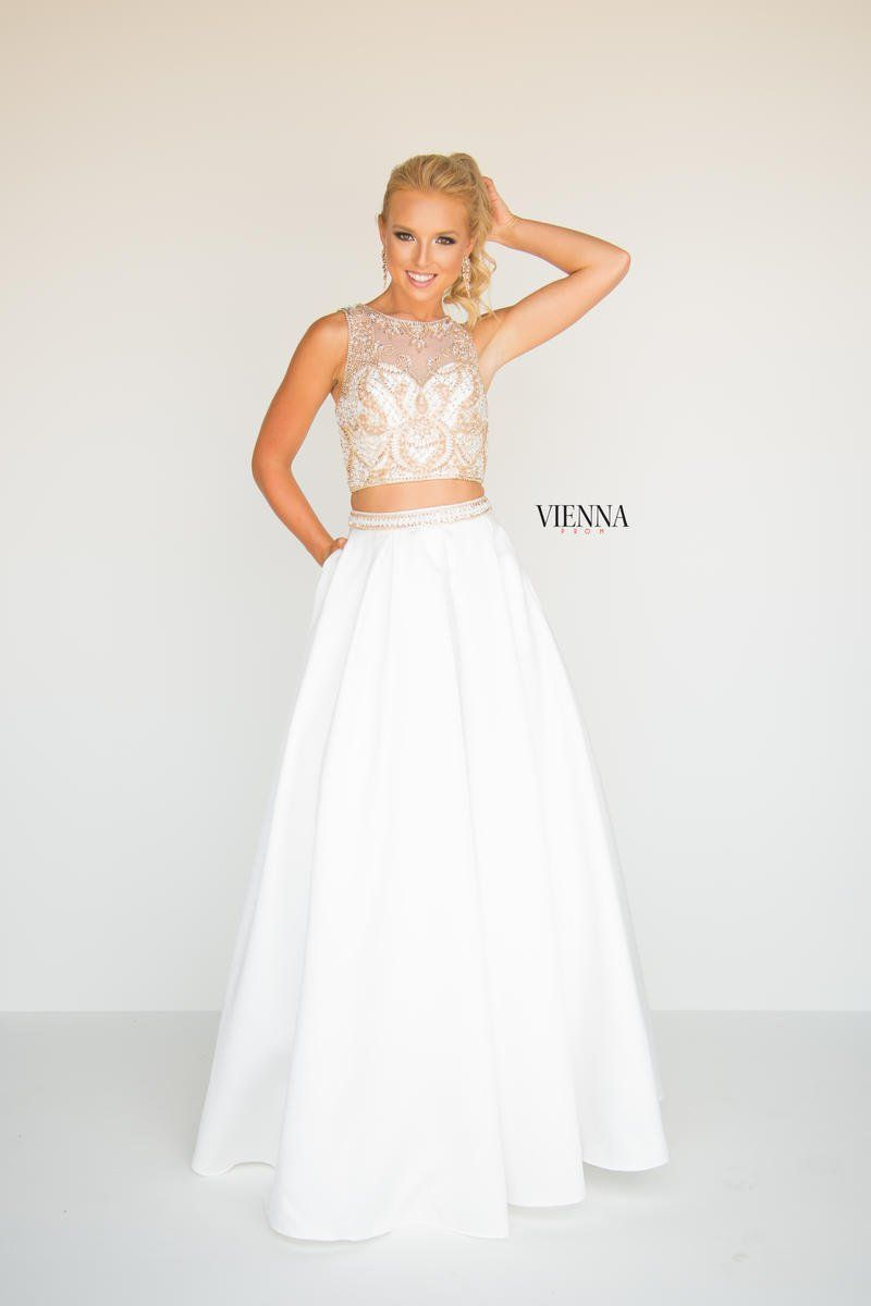 Vienna Prom Vienna Dresses By Helen S Heart 7815 Bridal Prom Dress Store In New Jersey Castle Couture Prom Dress Stores Prom Dresses Dresses [ 1200 x 800 Pixel ]