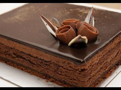 طريقة عمل كيكة الشوكولاته اسفنجية كيك الشوكولاتة بالشوكولا سهلة وسريعة ك Tasty Chocolate Cake Chocolate Cake Recipe National Chocolate Cake Day