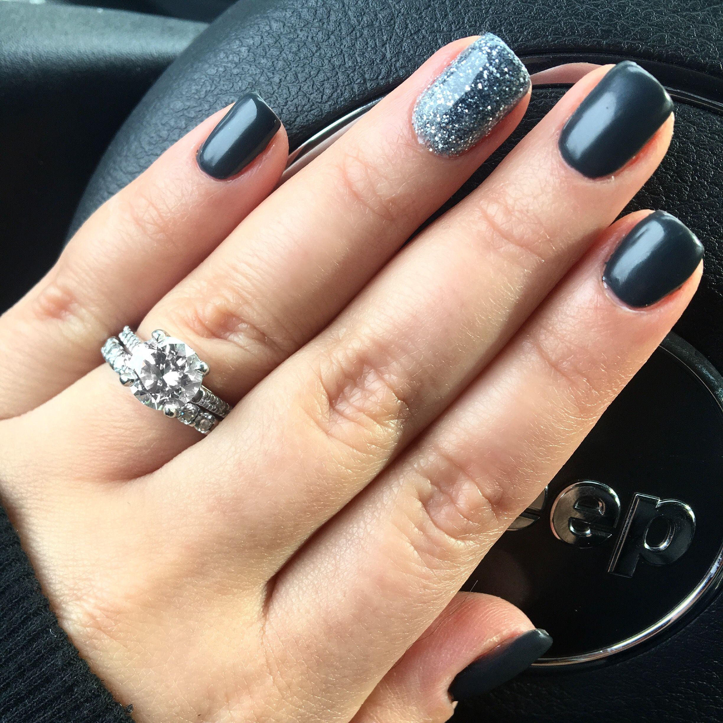 Slate Grey With Ombr Sparkle Nail Design Nail Art And Designs By