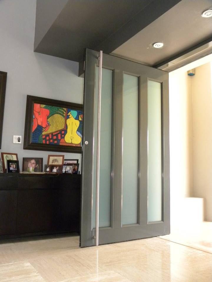 Puertas Pivot Qué Son Y Cómo Funcionan Puertas De Aluminio Puertas Diseño Moderno