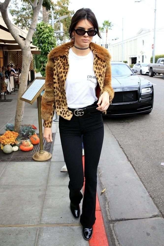 Kendall Jenner Beverly Hills October 12, 2016 - Star Style