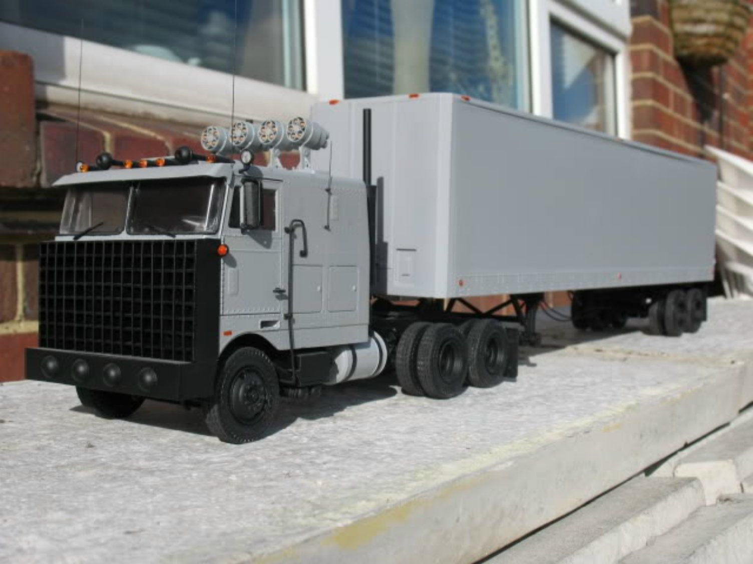 goliath knight rider tv series 1982 1986 trucks. Black Bedroom Furniture Sets. Home Design Ideas