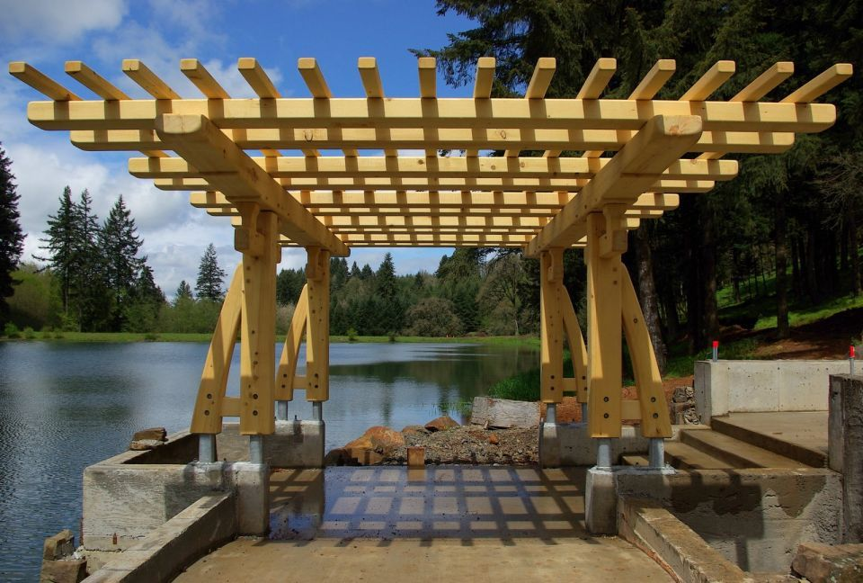 Greene and greene inspired arbor built of alaska yellow for Japanese garden trellis designs