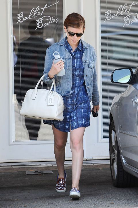 60 celebrity looks that can fit your budget: Kate Mara wearing a checkered print shirt dress.