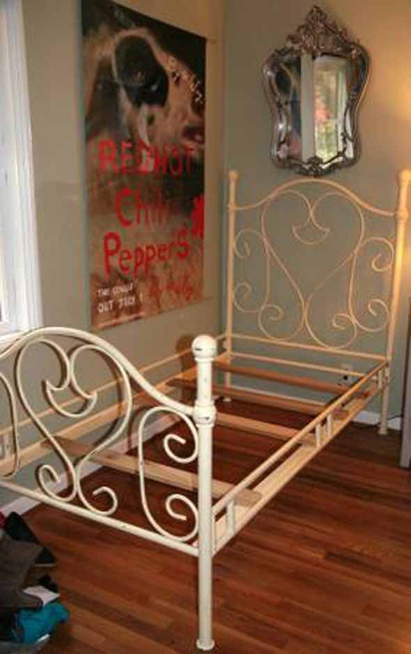Twin Cast Iron Bed Frame Heart Shaped Cast Iron Girl S Etsy Cast Iron Bed Frame Iron Bed Frame Children S Furniture Store