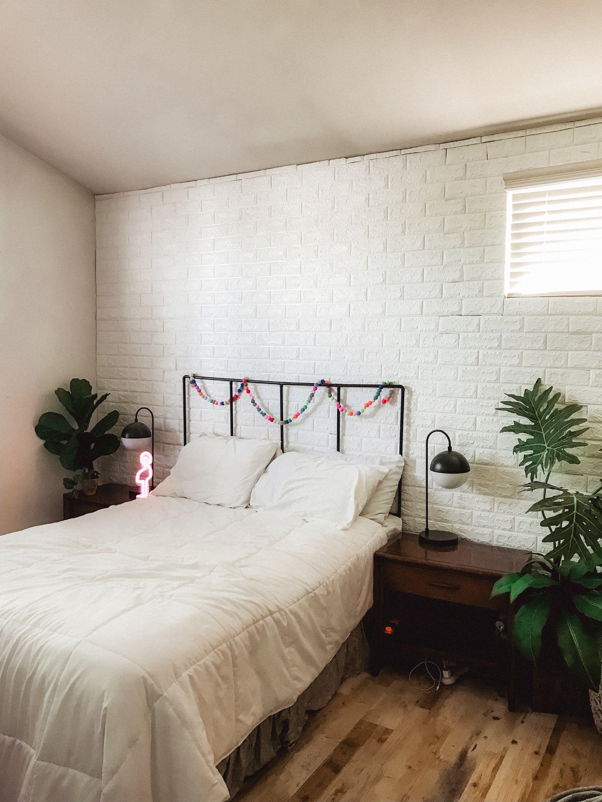 Temporary Brick Wall Or Wallpaper For Renters Brick Wall