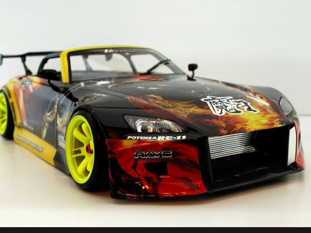 une voiture de drift de fou model r duit 1 10eme rc pinterest folles voitures et voiture rc. Black Bedroom Furniture Sets. Home Design Ideas