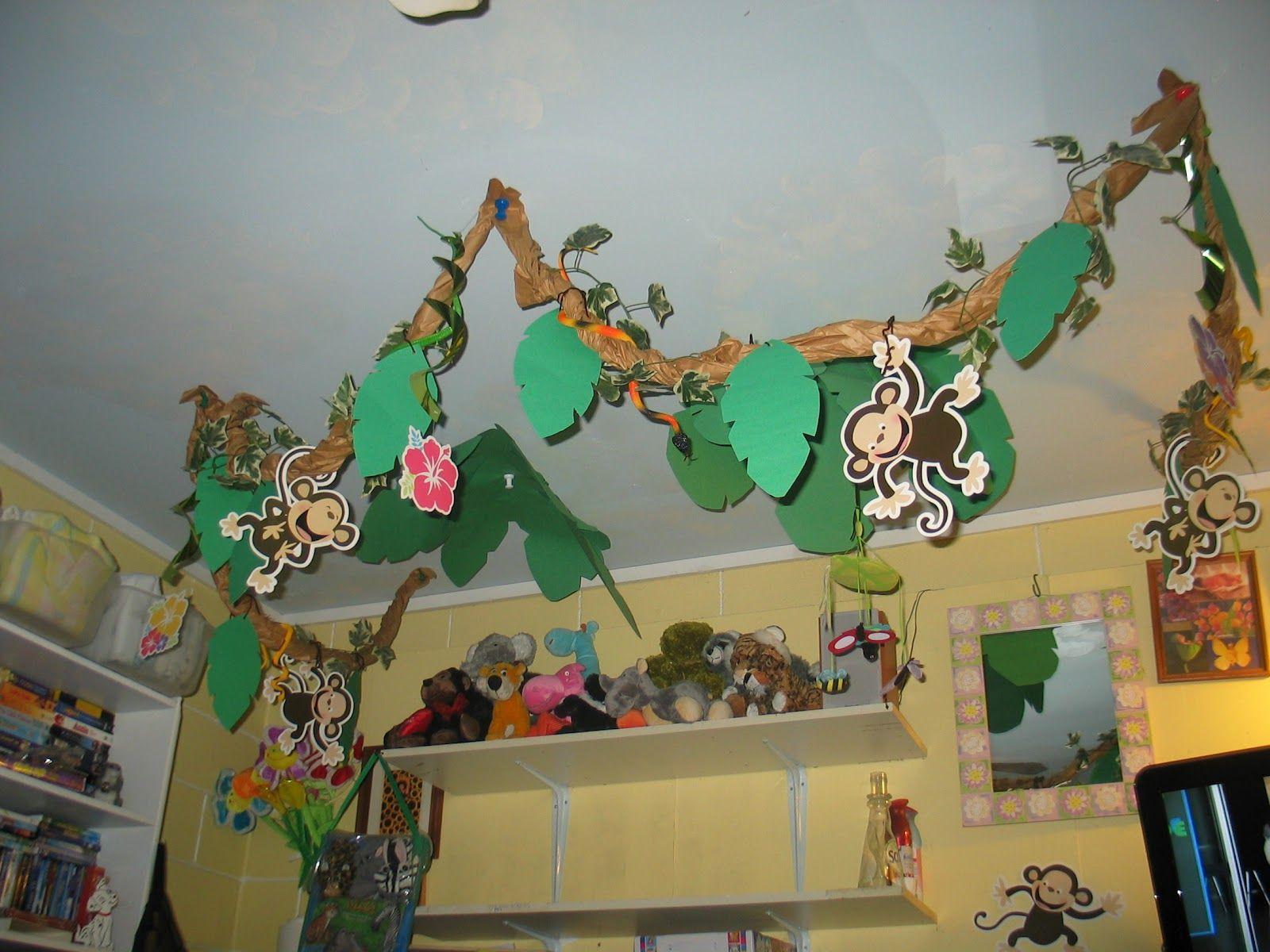 Jungle theme preschool zoo jungle theme pinterest for Rainforest decorations