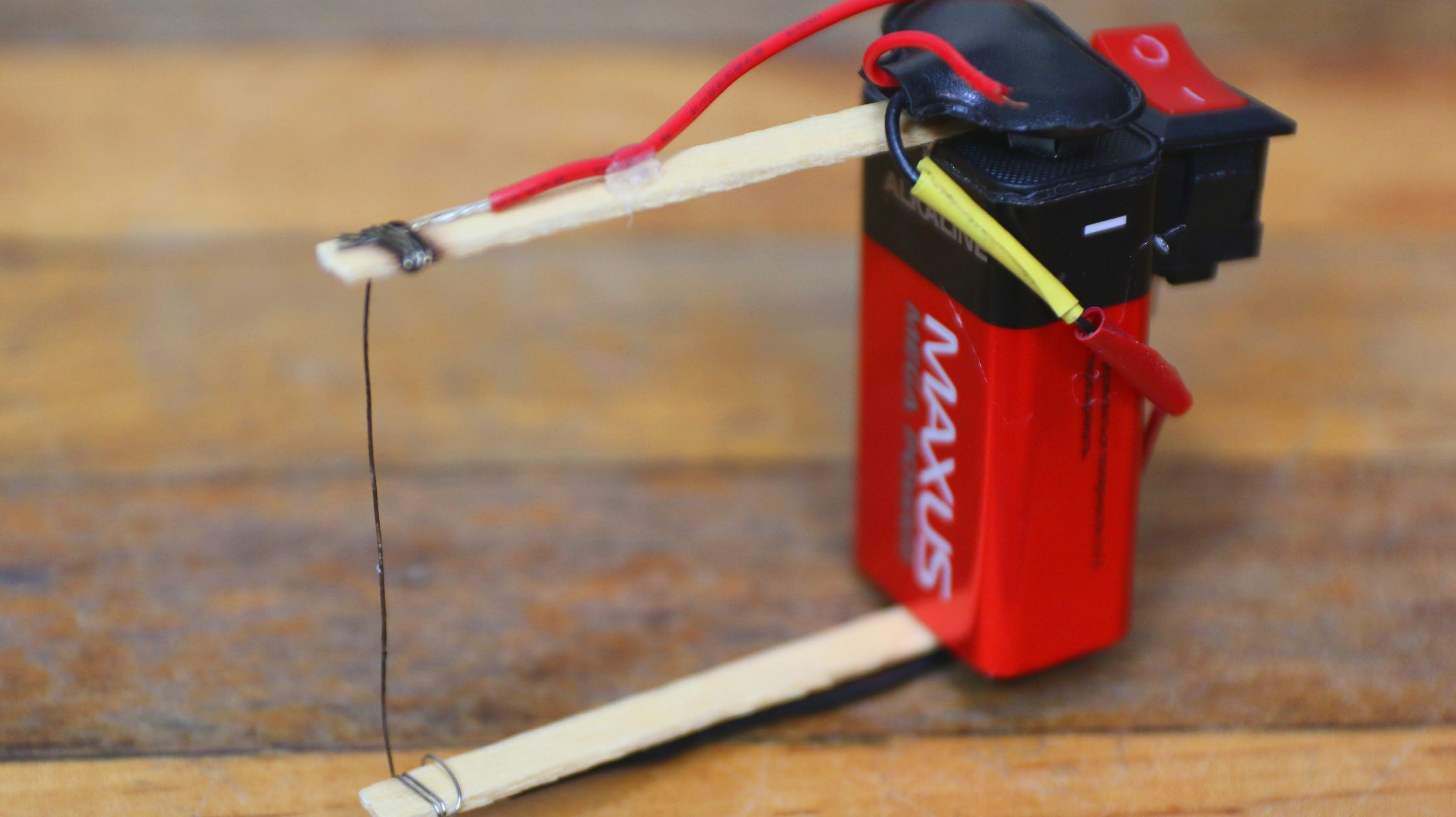 how to build a simple diy plastic foam cutter using a nine volt battery and some wire [ 4096 x 2300 Pixel ]