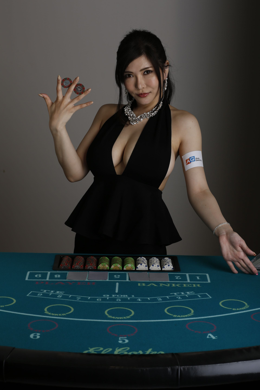 how to earn in casino jobs