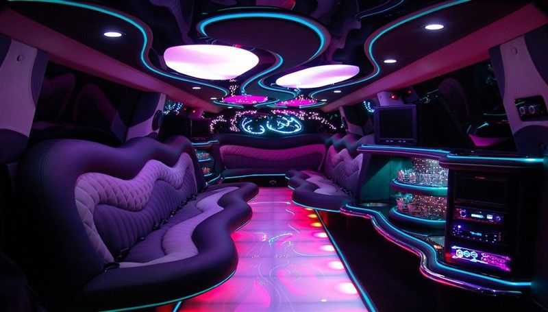 العروض Rent Yacht In 2020 Hummer Limo Prom Limo Limousine Interior