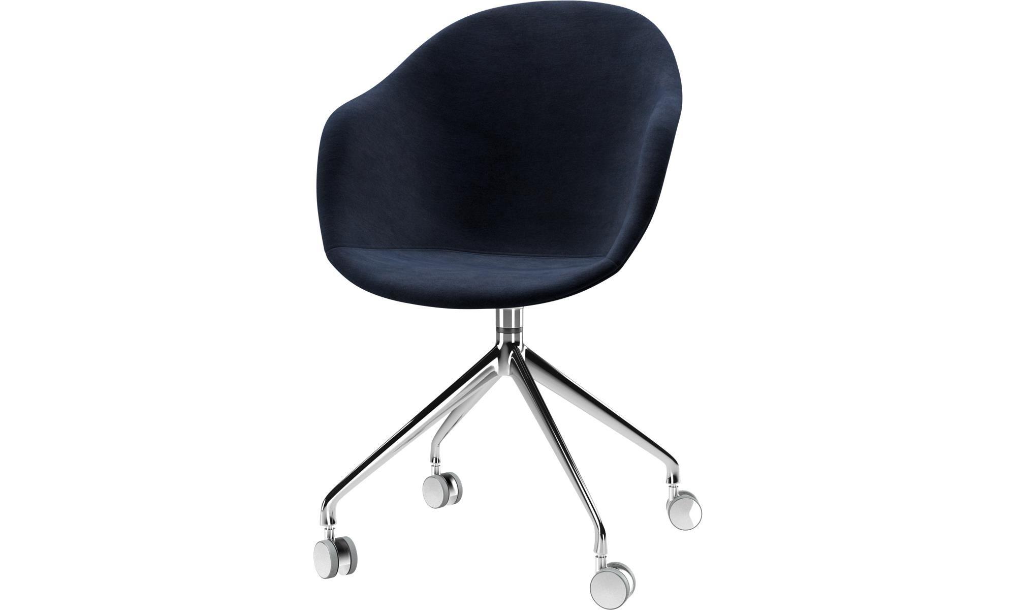 Chaises De Salle A Manger Chaise Adelaide A Roulettes Avec Fonction Pivotante Bleu Tissu Office Chair Design Office Chair Boconcept