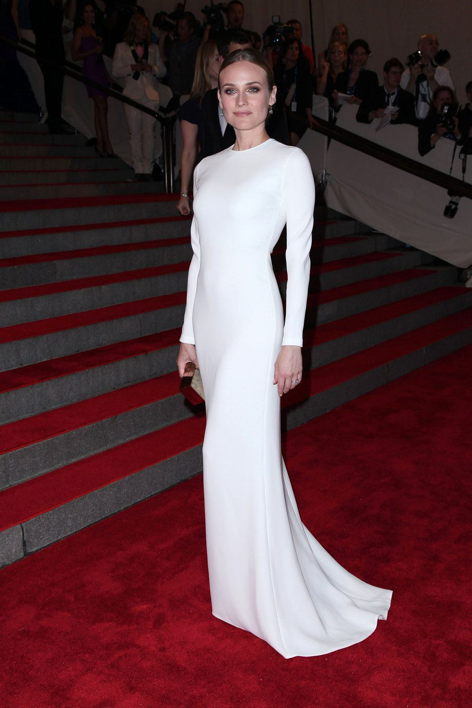 Diane Kruger in a Calvin Klein white long-sleeve dress ...