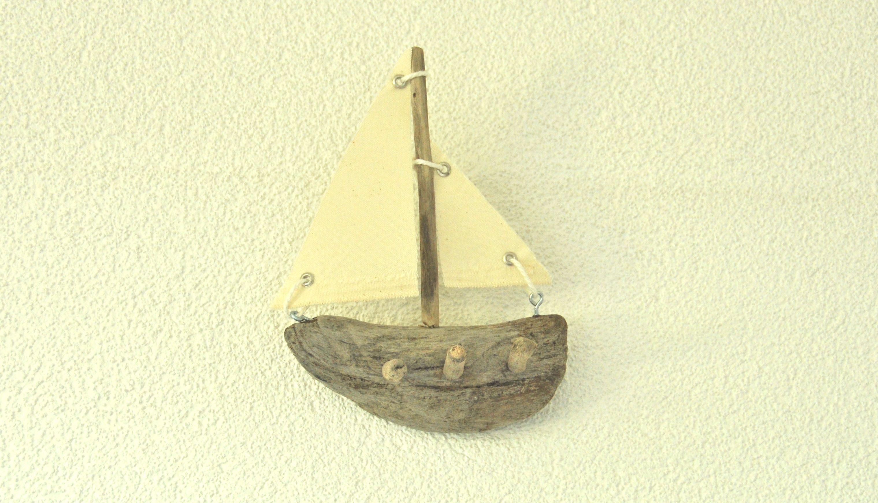 Driftwood Sail Boat Wall Key Hanger | DRIFTWOODS | Pinterest | Key ...