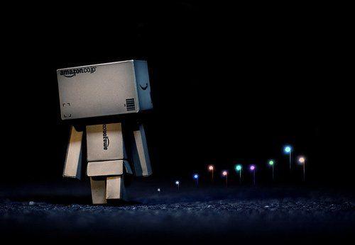 amazon robot box goodbye ile ilgili görsel sonucu