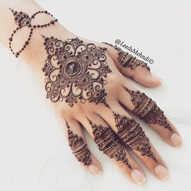 Henna Tattoo Designs For Ribs: Henna, Henna Designs, Henna Tattoo Designs