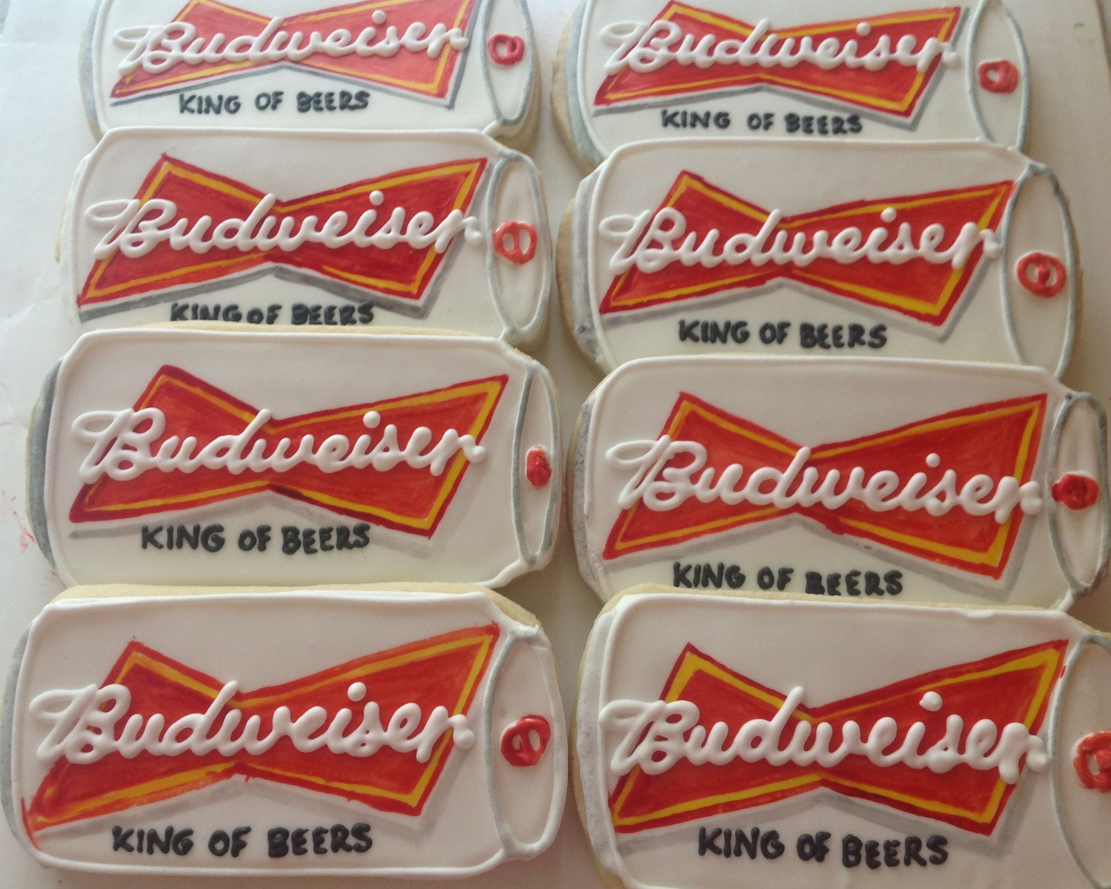 budweiser can cookies What a fun t for the beer drinker in