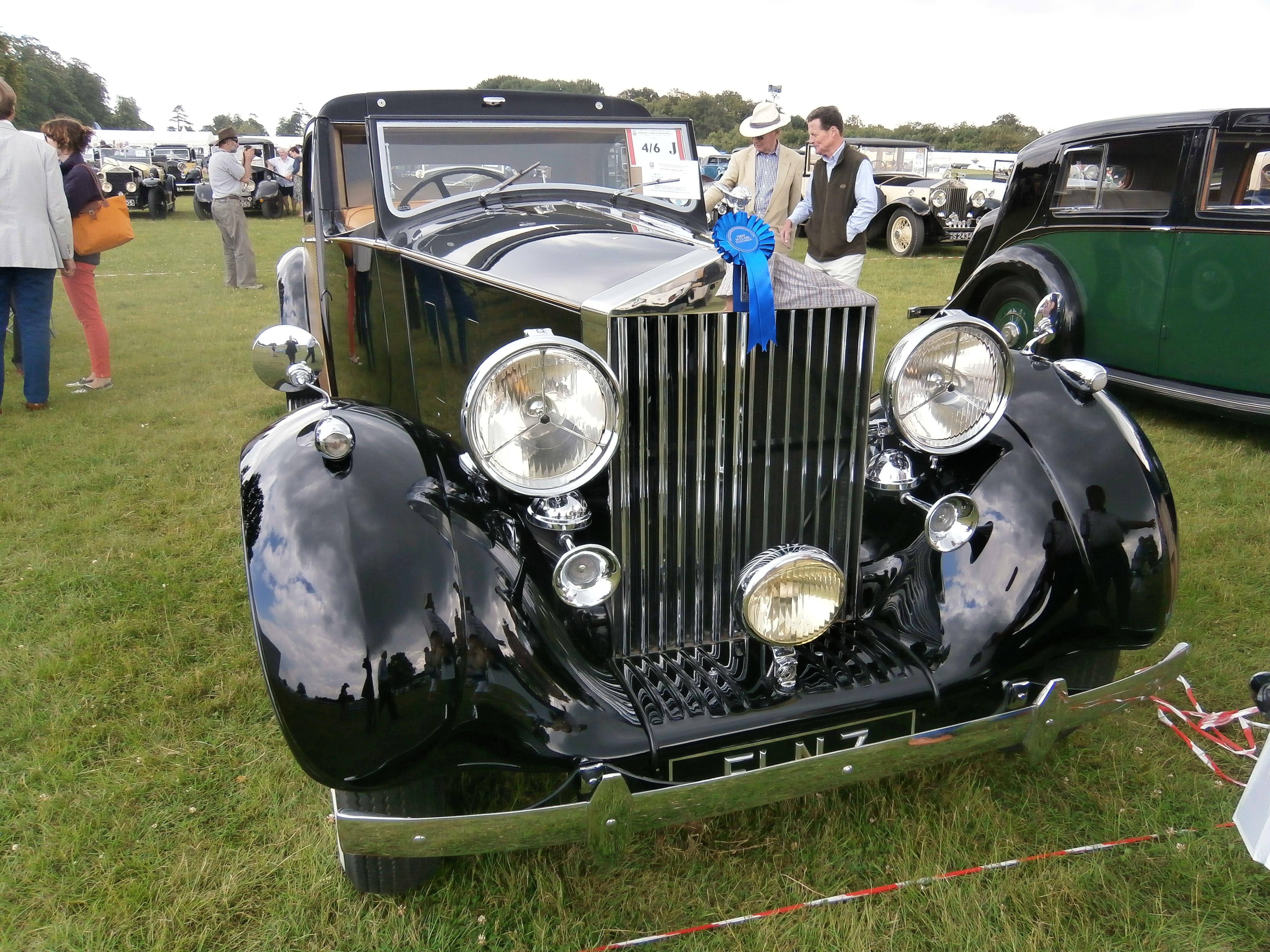 Rolls Royce Phantom Iii Park Ward Sedanca De Ville Front View