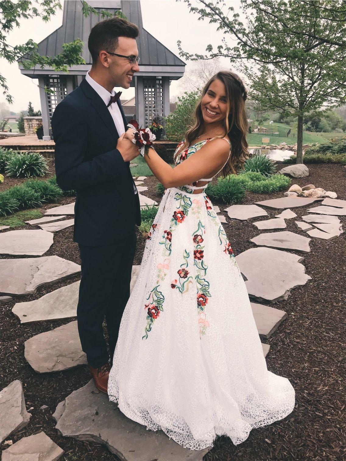Vsco Oliviabusch Backless Prom Dresses Prom Dresses Lace Long Wedding Dresses [ 1515 x 1136 Pixel ]