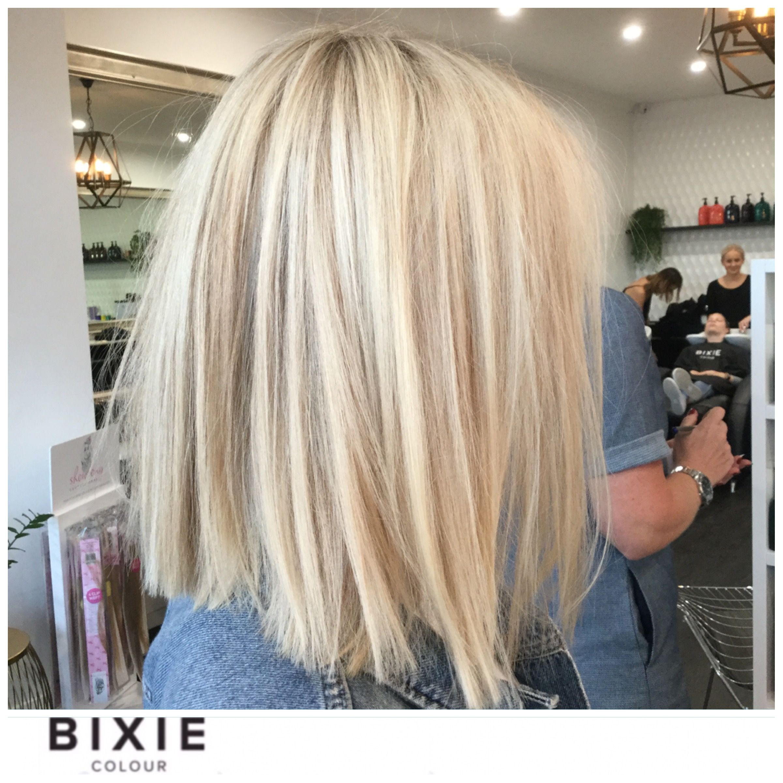 Love This Shade Of Blonde Bronde123 In 2019 Blunt Hair Hair