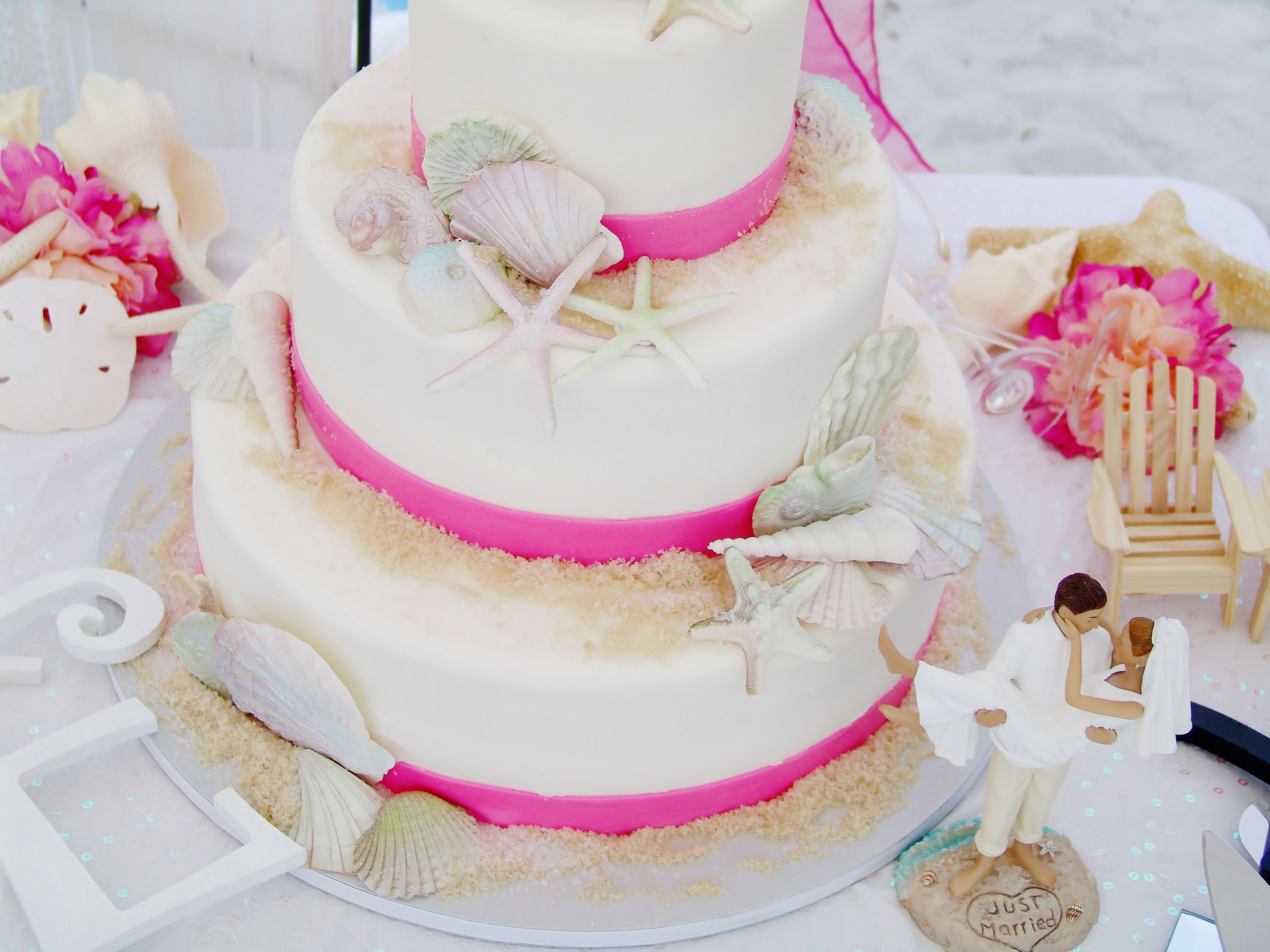 Beach Wedding Cake Starfish Wedding Cake Fuschia Pink