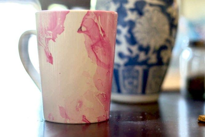 DIY Marble Paint Mugs