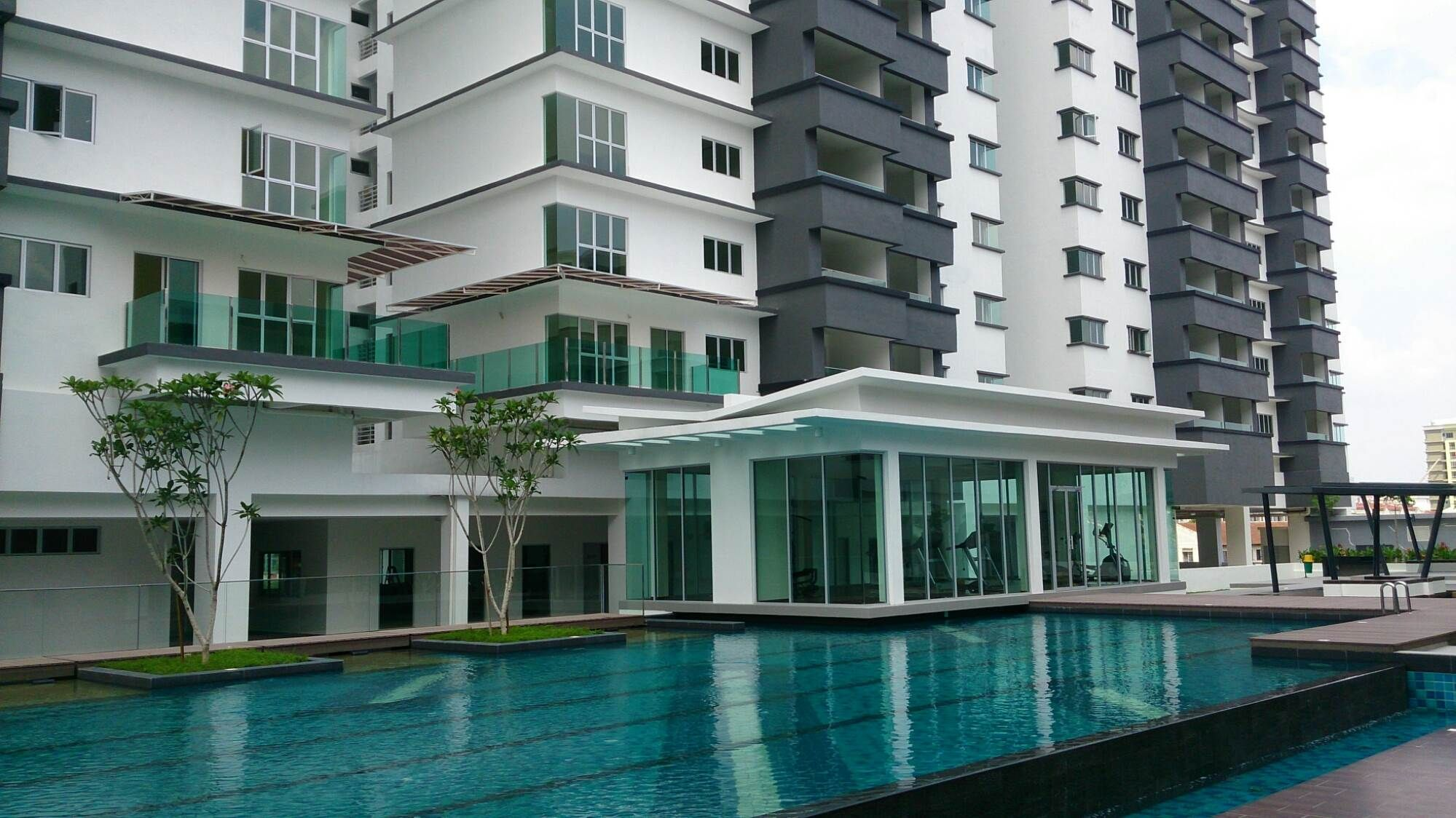 For Rent: Tiara Parkhomes Condo , Selangor Kajang Location: Kajang, Selangor Type: Condo/Serviced Residence Price: RM1200 Size: 1298 sqft  Chan  0143203566