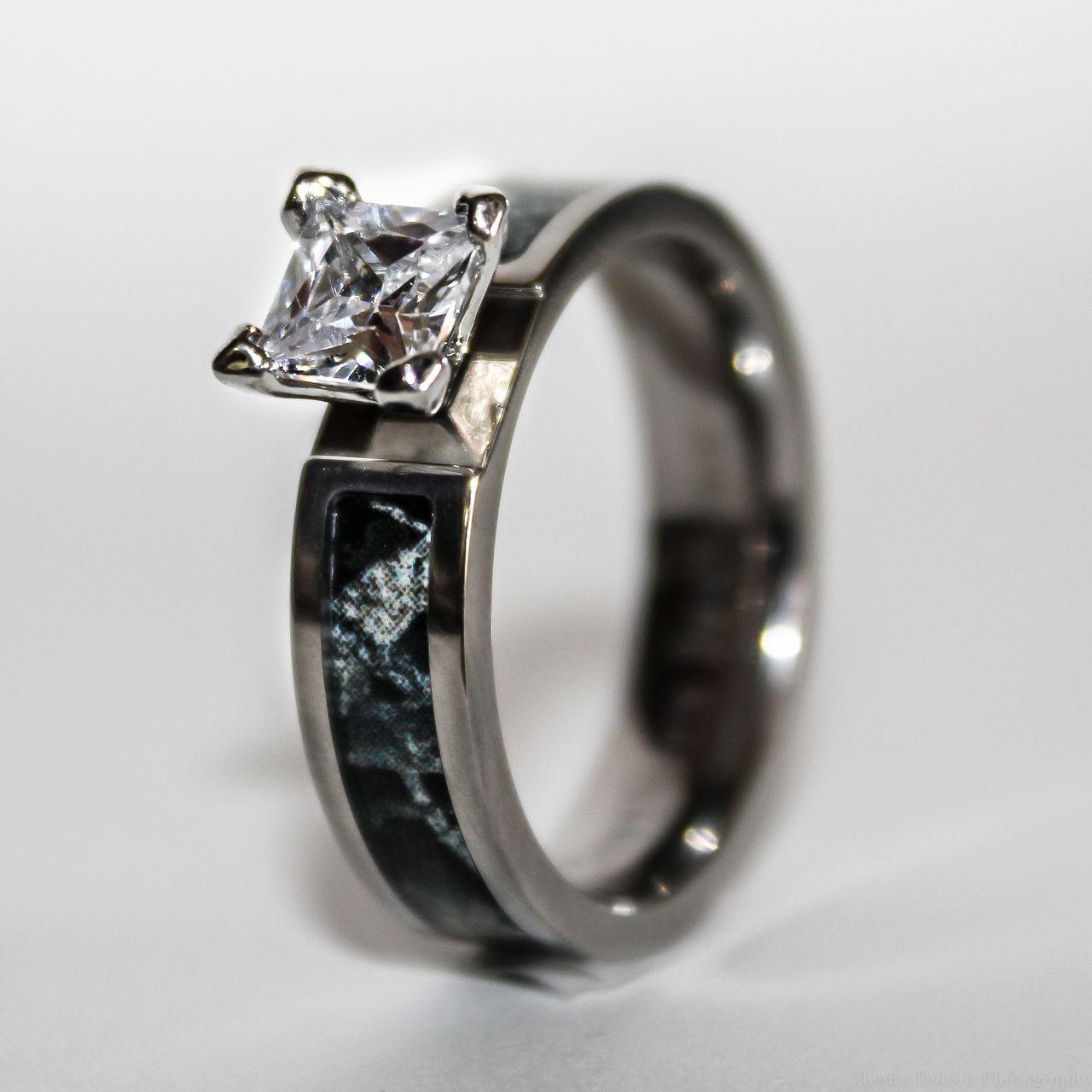 Black Camo Wedding Engagement Ring Titanium with CZ Stone ...
